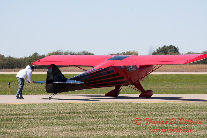 636 - Erik Edgren begins his performance at the South East Iowa Air Show in Burlington Iowa