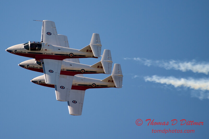 1518 - The RCAF Snowbirds performance at Wings over Waukegan 2012