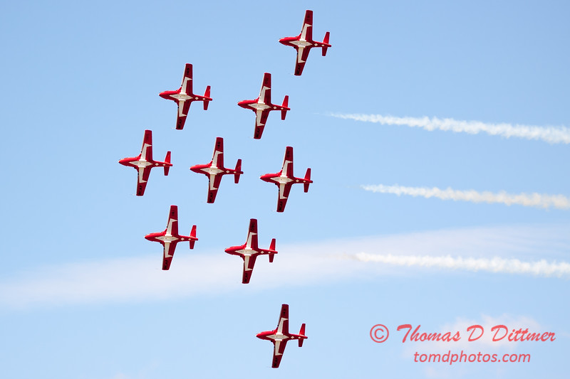 1385 - The RCAF Snowbirds performance at Wings over Waukegan 2012