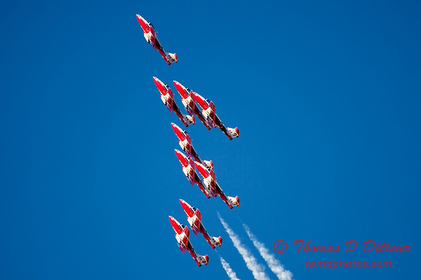 1413 - The RCAF Snowbirds performance at Wings over Waukegan 2012
