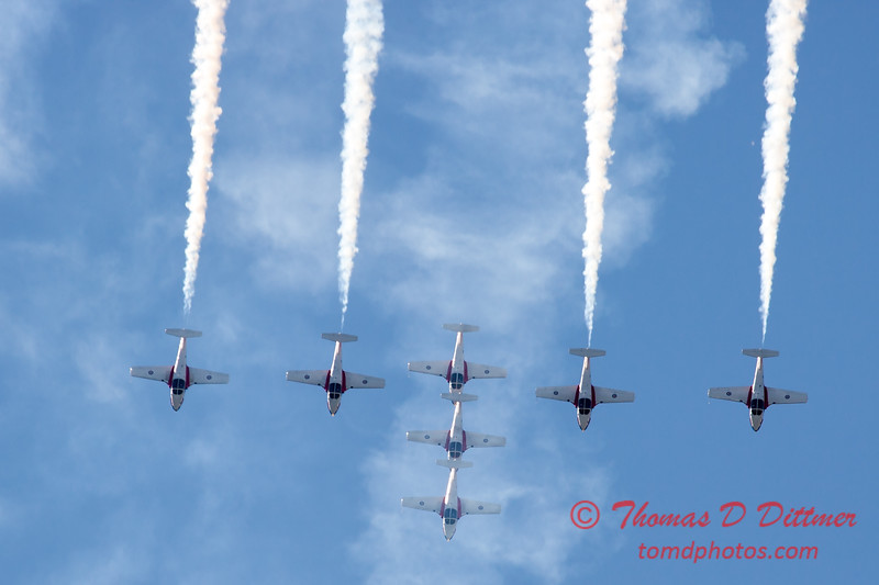 1694 - The RCAF Snowbirds performance at Wings over Waukegan 2012