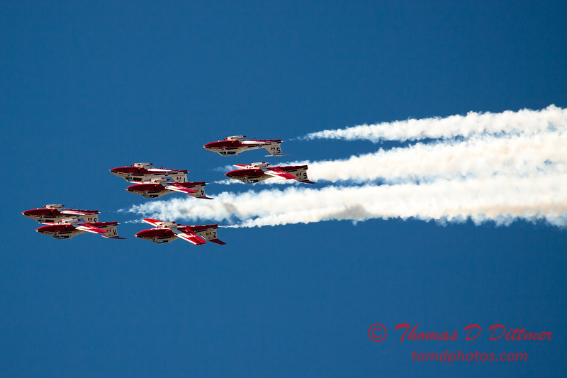 1552 - The RCAF Snowbirds performance at Wings over Waukegan 2012