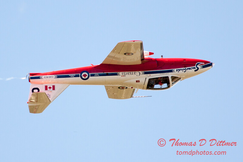 1493 - The RCAF Snowbirds performance at Wings over Waukegan 2012