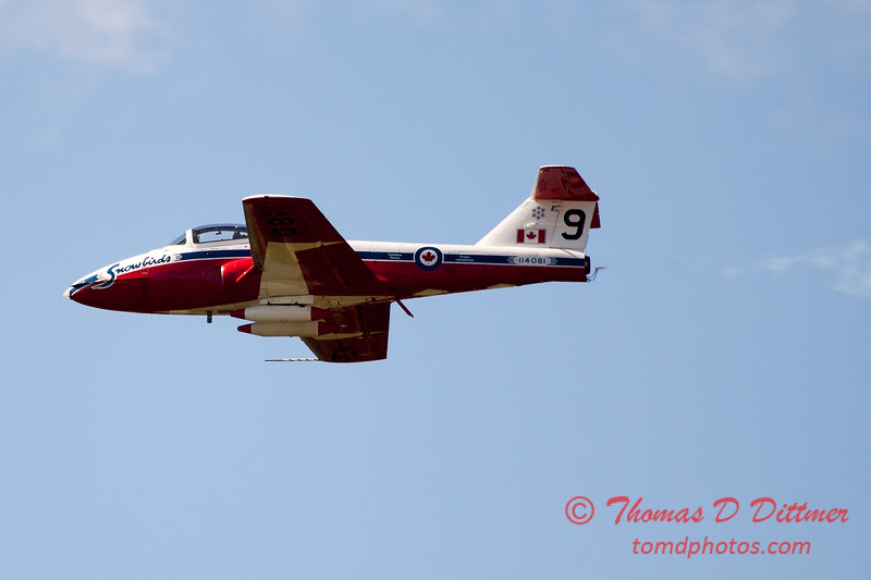 1627 - The RCAF Snowbirds performance at Wings over Waukegan 2012