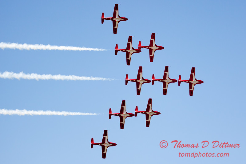 1400 - The RCAF Snowbirds performance at Wings over Waukegan 2012