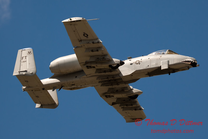 823 - A-10 East flies by Wings over Waukegan 2012