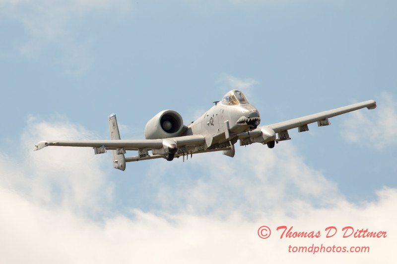 816 - A-10 East flies by Wings over Waukegan 2012