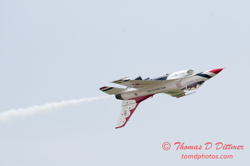 1192 - US Air Force Thunderbirds Sunday performance in F16 Fighting Falcons at the 2012 Rockford Airfest - Chicago Rockford International Airport - Rockford Illinois - Sunday June 3rd 2012