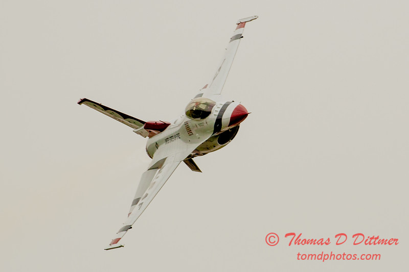 2804 - Sunday at the Quad City Air Show - Davenport Municipal Airport - Davenport Iowa - September 2nd