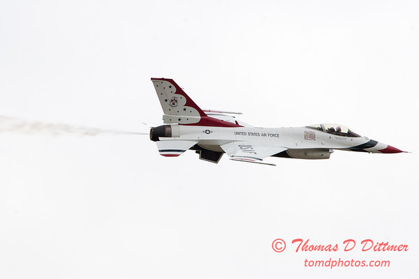 1112 - US Air Force Thunderbirds Sunday performance in F16 Fighting Falcons at the 2012 Rockford Airfest - Chicago Rockford International Airport - Rockford Illinois - Sunday June 3rd 2012
