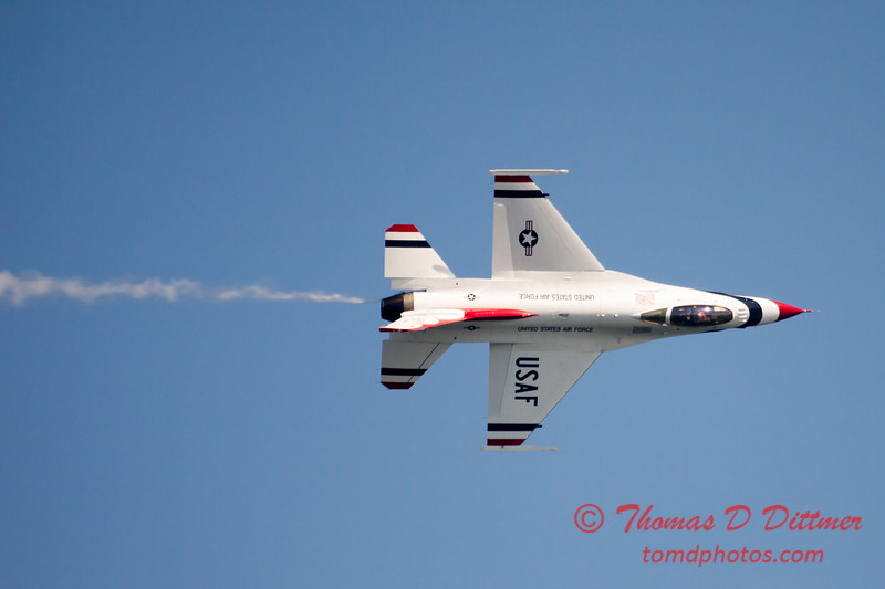 351 -  2015 Milwaukee Air & Water Show - Bradford Beach - Milwaukee Wisconsin