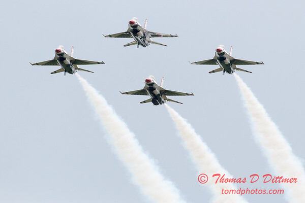 1189 - US Air Force Thunderbirds Sunday performance in F16 Fighting Falcons at the 2012 Rockford Airfest - Chicago Rockford International Airport - Rockford Illinois - Sunday June 3rd 2012