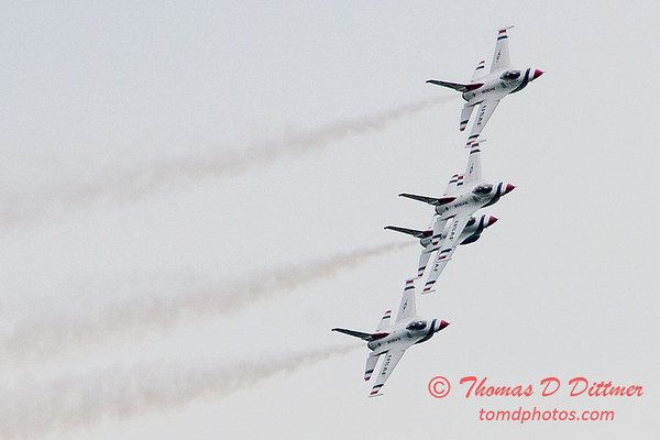 1154 - US Air Force Thunderbirds Sunday performance in F16 Fighting Falcons at the 2012 Rockford Airfest - Chicago Rockford International Airport - Rockford Illinois - Sunday June 3rd 2012