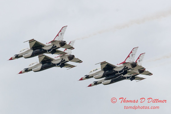1073 - US Air Force Thunderbirds Sunday performance in F16 Fighting Falcons at the 2012 Rockford Airfest - Chicago Rockford International Airport - Rockford Illinois - Sunday June 3rd 2012