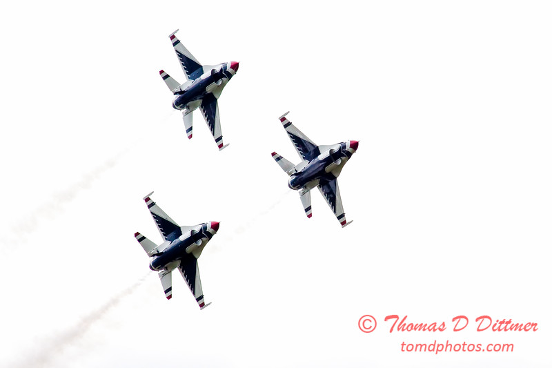 206 - Friday Practice at the Quad City Air Show - Davenport Municipal Airport - Davenport Iowa - August 31st