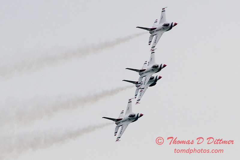 1155 - US Air Force Thunderbirds Sunday performance in F16 Fighting Falcons at the 2012 Rockford Airfest - Chicago Rockford International Airport - Rockford Illinois - Sunday June 3rd 2012