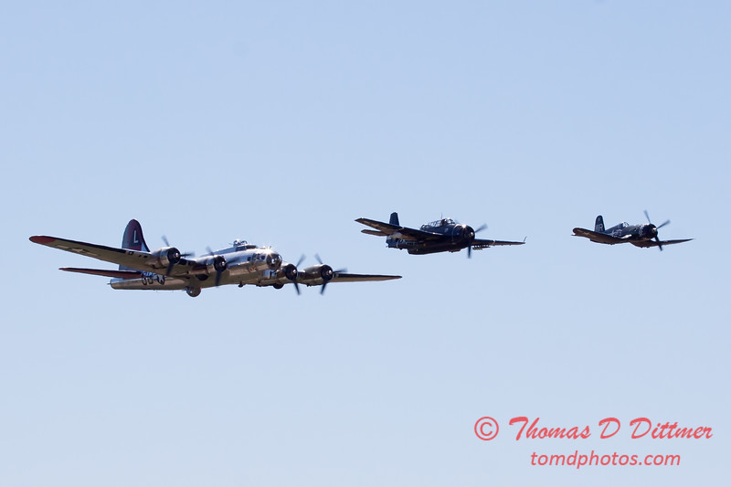 499 - B17 - F4U - TBM - Special Formation Fly By at the South East Iowa Air Show in Burlington Iowa