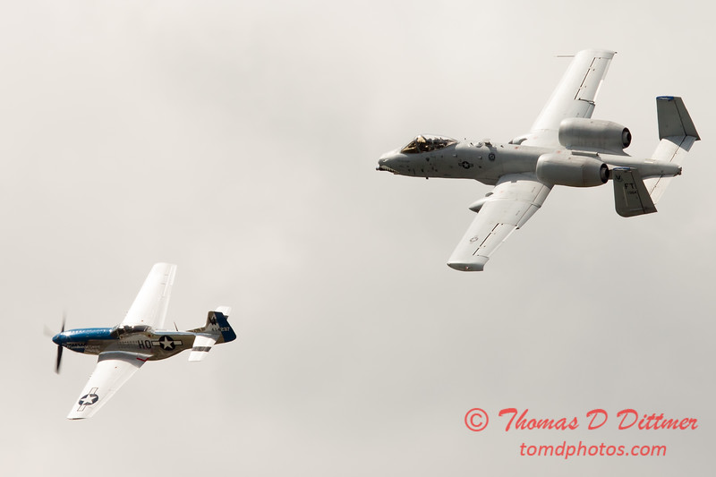 """780 - Vlado Lenoch in his P-51 Mustang and A-10 East in the """"Heritage Flight"""" at Wings over Waukegan 2012"""