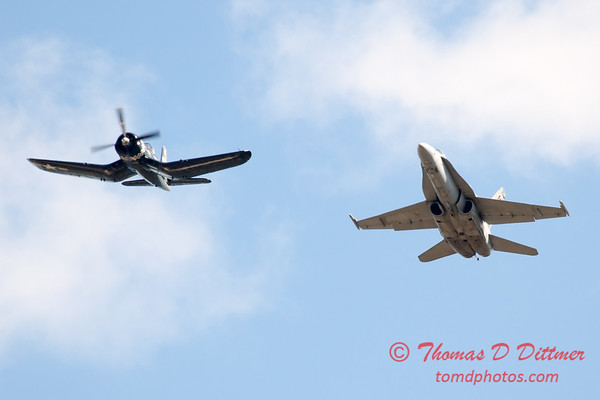 1307 - F4U Corsair and VFA 106 Hornet East F/A-18 US Navy Legacy Flight performing at Wings over Waukegan 2012