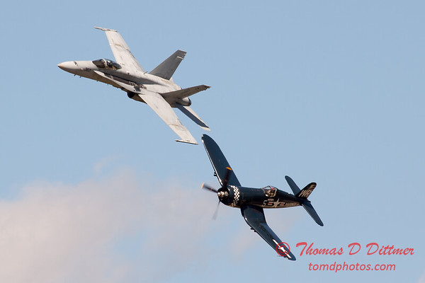 1286 - F4U Corsair and VFA 106 Hornet East F/A-18 US Navy Legacy Flight performing at Wings over Waukegan 2012