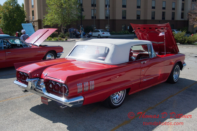 2014 Land of Lincoln Thunderbird Club Car Show - The Shoppes at College Hills