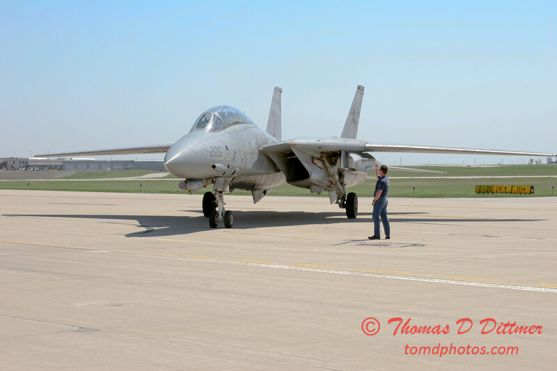 15 - The arrival of a F14 Tomcat completing its last flight -  Bloomington Illinois - April 13 2006