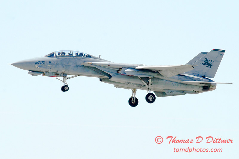 4 - The arrival of a F14 Tomcat completing its last flight -  Bloomington Illinois - April 13 2006