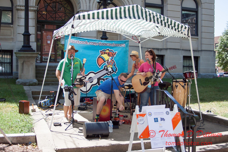 23 - 2015 Bloomington - Normal Sunrise Rotary Brats & Bags - Downtown Square - Bloomington Illinois