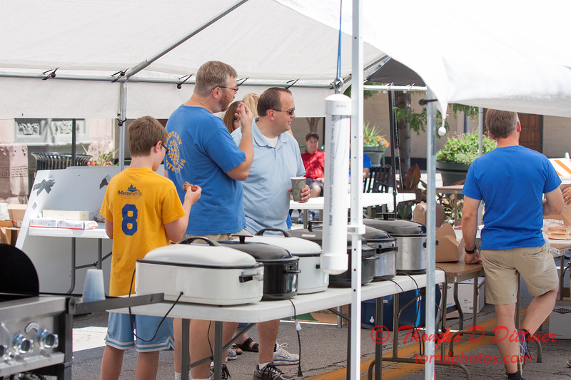 69 - 2015 Bloomington - Normal Sunrise Rotary Brats & Bags - Downtown Square - Bloomington Illinois