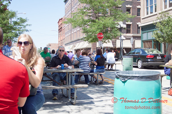 6 - 2015 Bloomington - Normal Sunrise Rotary Brats & Bags - Downtown Square - Bloomington Illinois