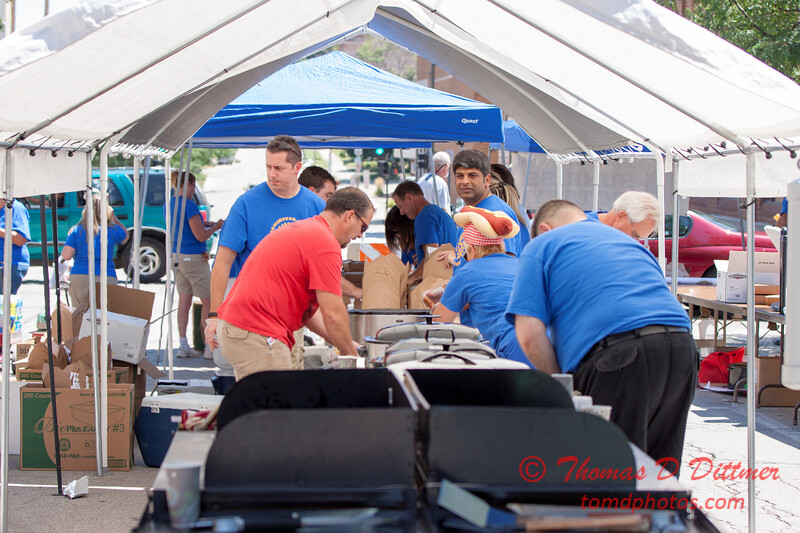 10 - 2015 Bloomington - Normal Sunrise Rotary Brats & Bags - Downtown Square - Bloomington Illinois