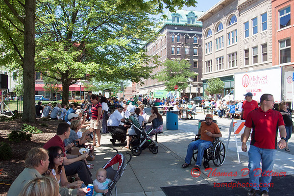 49 - 2015 Bloomington - Normal Sunrise Rotary Brats & Bags - Downtown Square - Bloomington Illinois