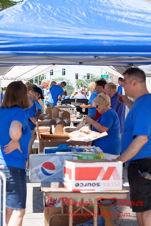 41 - 2015 Bloomington - Normal Sunrise Rotary Brats & Bags - Downtown Square - Bloomington Illinois
