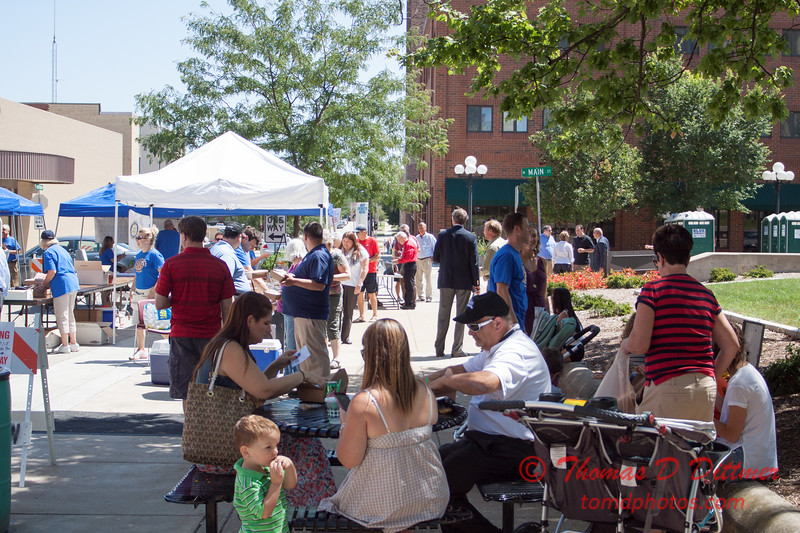 27 - 2015 Bloomington - Normal Sunrise Rotary Brats & Bags - Downtown Square - Bloomington Illinois