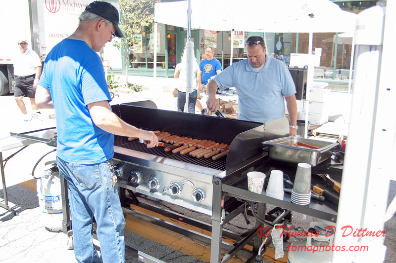 53 - 2015 Bloomington - Normal Sunrise Rotary Brats & Bags - Downtown Square - Bloomington Illinois