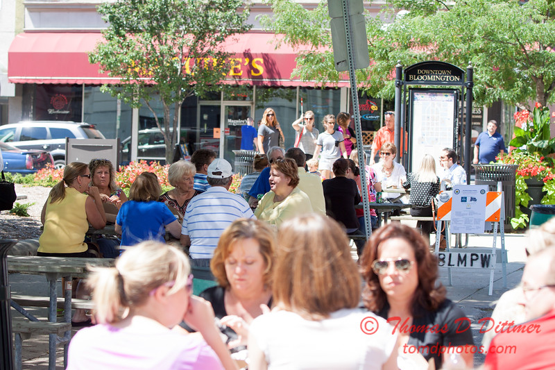 13 - 2015 Bloomington - Normal Sunrise Rotary Brats & Bags - Downtown Square - Bloomington Illinois