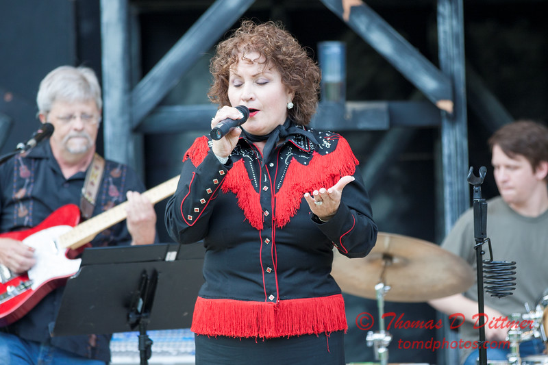26 - 2015 Concert Series - Pearl Handle Band and Mary Pfeifer - Connie Link Amphitheatre - Normal Illinois