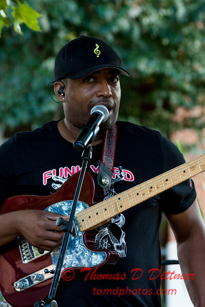 Dexter O'Neal and the Funk Yard at Uptown Circle - #6