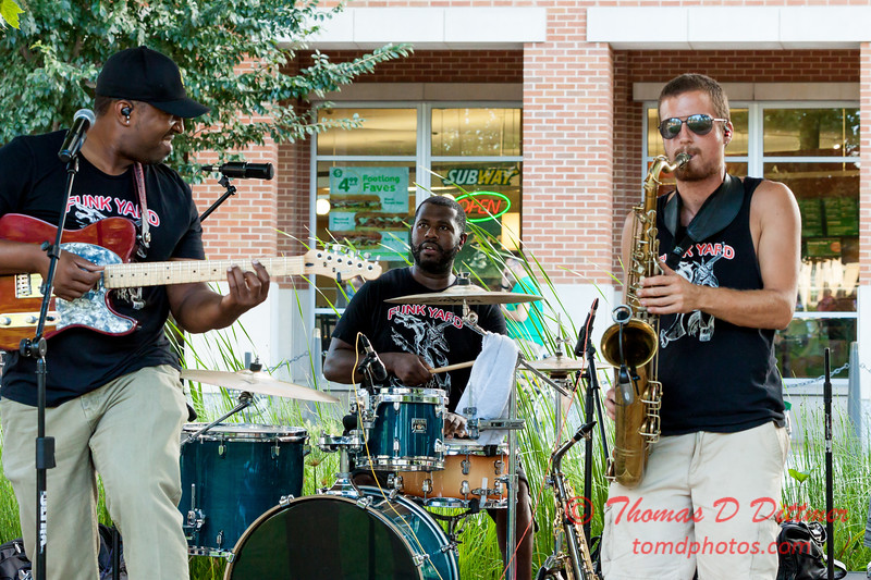 Dexter O'Neal and the Funk Yard at Uptown Circle - #17