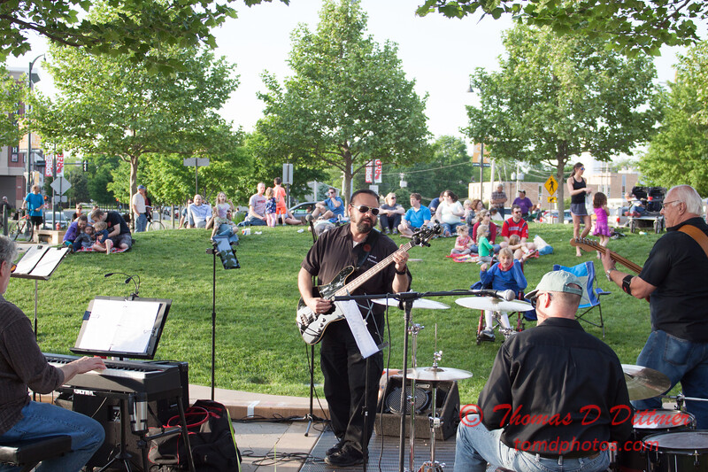 Velvet Groove - Loungeabout the Roundabout - The Circle - Normal Illinois - #33