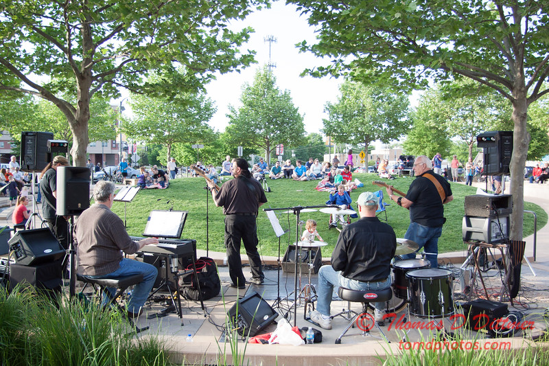 Velvet Groove - Loungeabout the Roundabout - The Circle - Normal Illinois - #34
