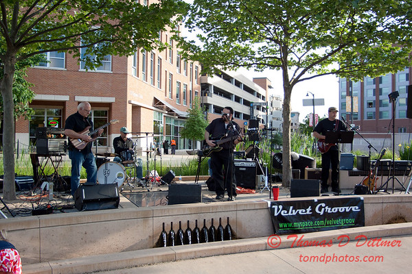 Velvet Groove - Loungeabout the Roundabout - The Circle - Normal Illinois - #2