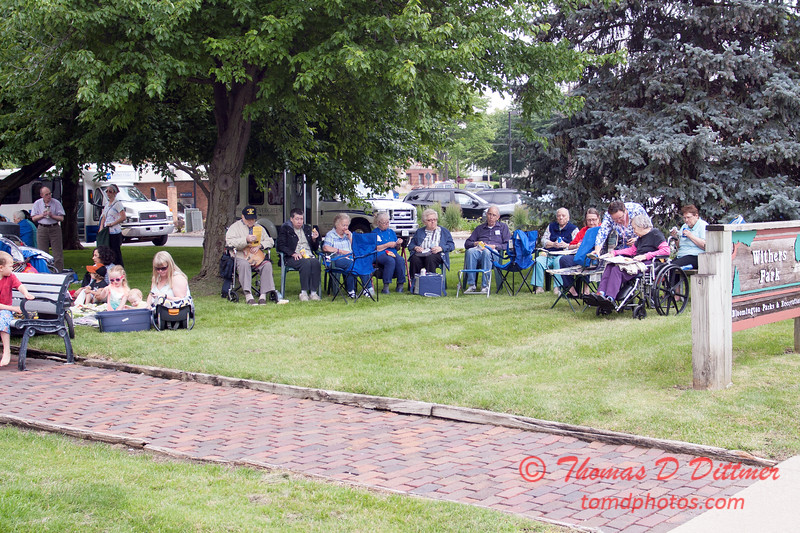 14 - 2015 Lunchtime Concerts - Prairieland Dixie Band - Withers Park - Bloomington Illinois