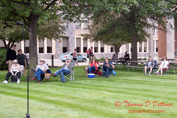 12 - 2015 Lunchtime Concerts - Prairieland Dixie Band - Withers Park - Bloomington Illinois