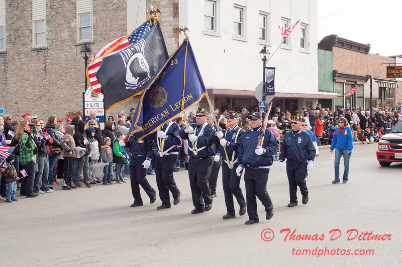 33 - 2014 Veterans Day Parade and Air Show - Utica Illinois