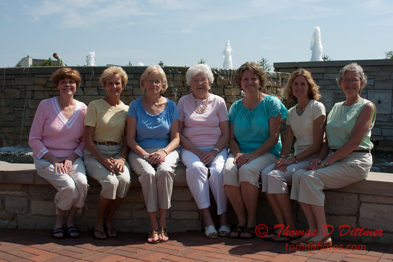 2010 - Janet Powell & Family - McGraw Park - Bloomington Illinois - Saturday August 7 - 6