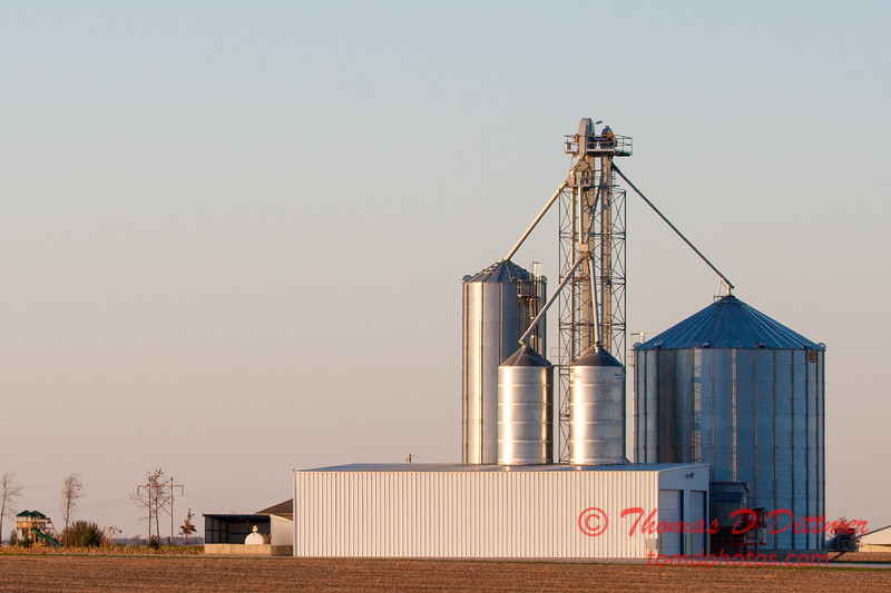 1 - An elevator on a farm in McLean County - Northern Rural McLean County - Sunday October 29 2006
