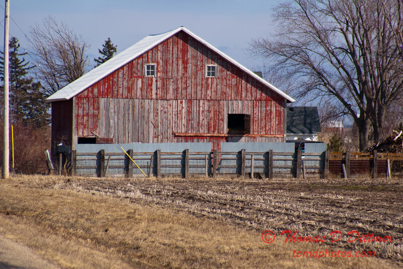 2011 - Farm Buildings in North West Illinois - 3/6 - 18