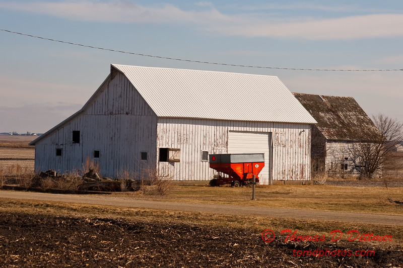 2011 - Farm Buildings in North West Illinois - 3/6 - 5