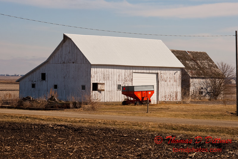 2011 - Farm Buildings in North West Illinois - 3/6 - 3